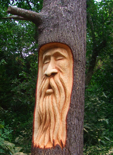 Thiswood uk chainsaw carving